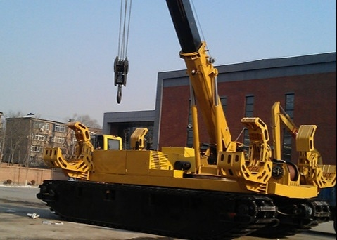 Pipelayer Machine TSDY38 , Pipeline Construction Machinery To Transport Steel Pipe